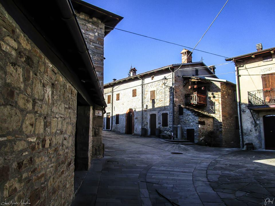 Borgo di Brandola - Foto Luca Nacchio